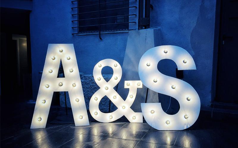 letras-iluminadas-decoracio